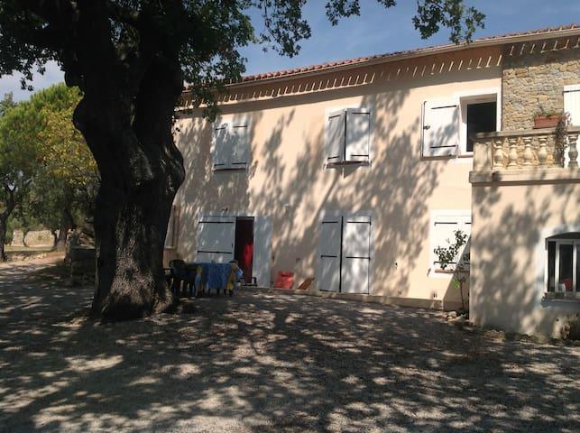 Appartement T3 dans mas - Le Beausset - Pis