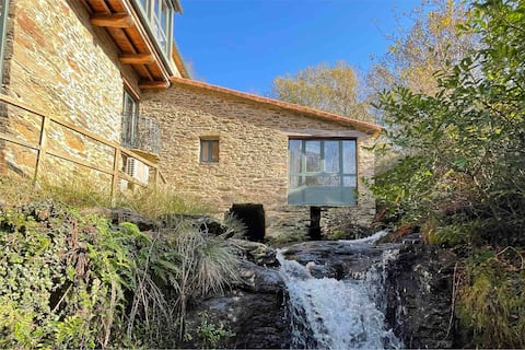 Ancien Water Mill with Jacuzzi