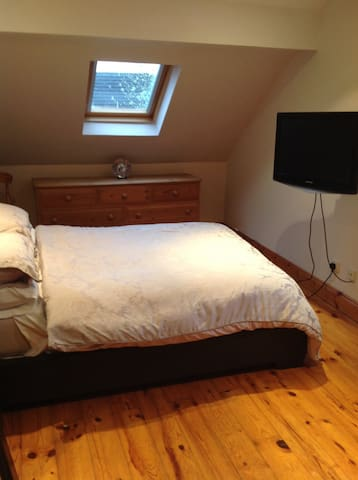Bedroom in Ballymoney - Ballymoney - Casa