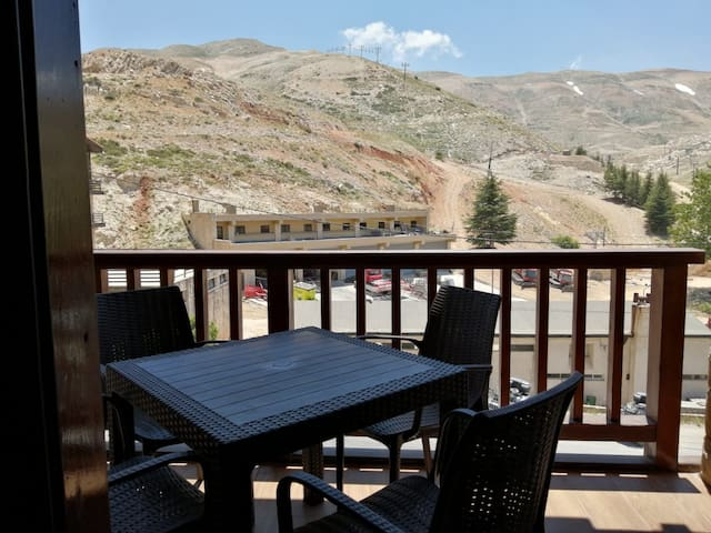 Kfardebian - Planet Suites - Junior 202