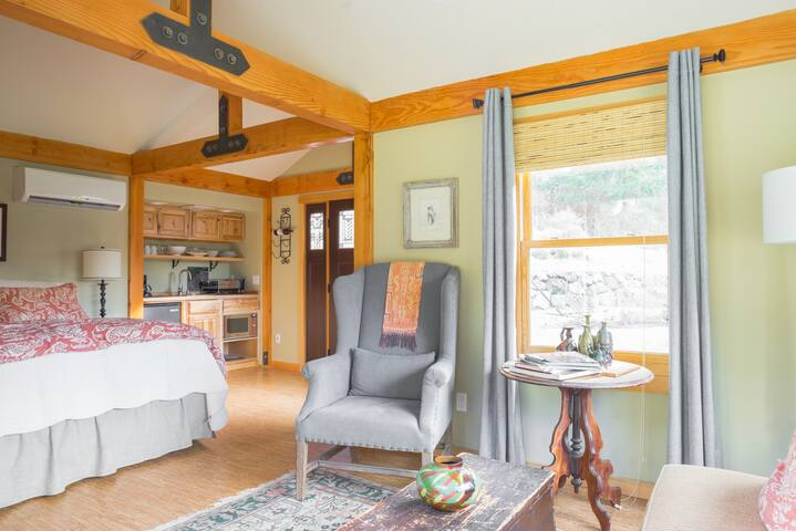 Cultus Bay Studio - Clinton - Guesthouse