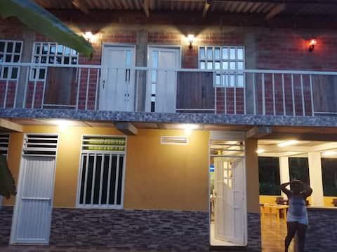 confortable Hotel en San Cipriano - Buenaventura