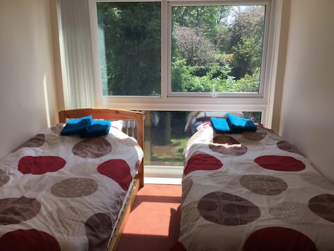 Ensuite shower/WC in room + TV & Wi-Fi