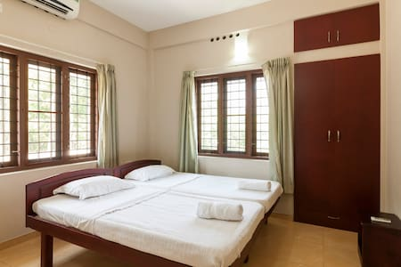 The Greens Residences, Luxury furnished Residences - Kochi - Apartment