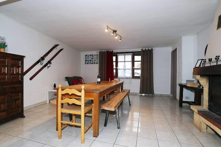 Maison complete 12 couchages a 15 kms Vars Risoul