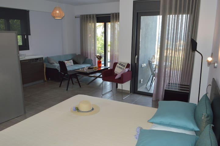 Seacret Apartments (Melody) - Aigio