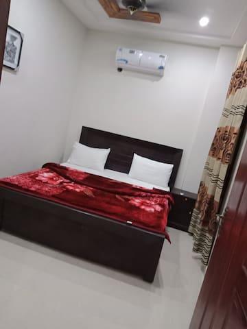 Family Hotel Lahore