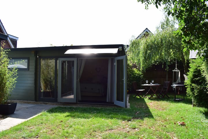 Entrance, porch, seating area, BBQ & a garden garden set back for your enjoyment