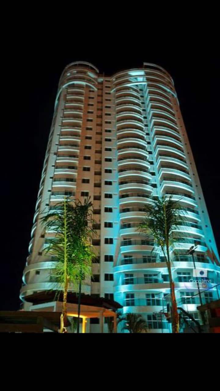 Apartamento 90mts ao lado do Shopping Vitoria