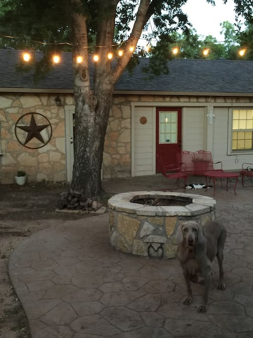 Courtyard with Firepit/Sampson