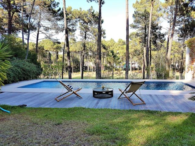 Aroeira Paradise Villa by HOST-POINT