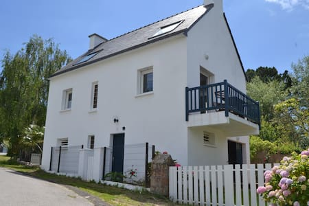 House with Panoramic Sea View - 200 m from the sea