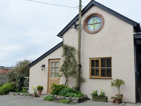 Writer's Lodge in the Shropshire Hills area.