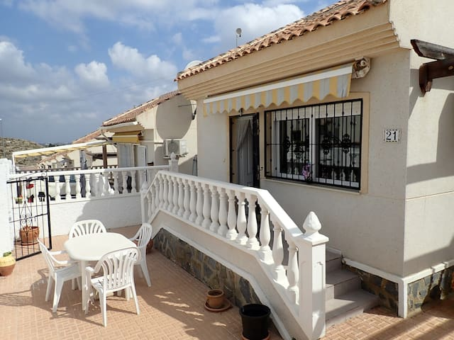 3 Bed villa in Alicante  Spain with shared pool