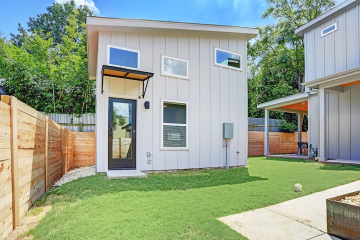 Brand New East Austin Casita