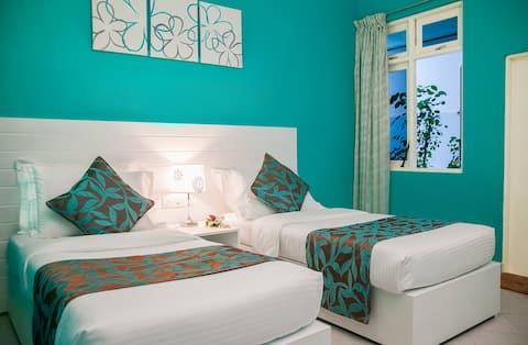 Island Host Maldives