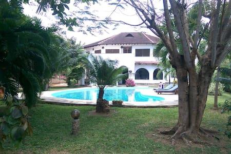 Lulu House - Malindi