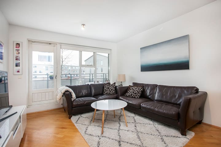 Bright and cosy apartment in Kópavogur
