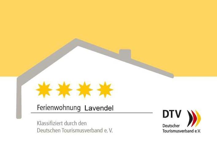 4 Sterne DTV Ferienwohnung Lavendel Brüggen - Brüggen - Apartemen