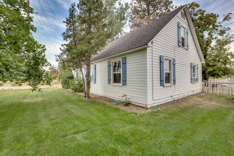 Comfy Country Cottage with Space!