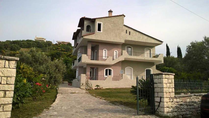 Villa Kastri - Kastri - Casa