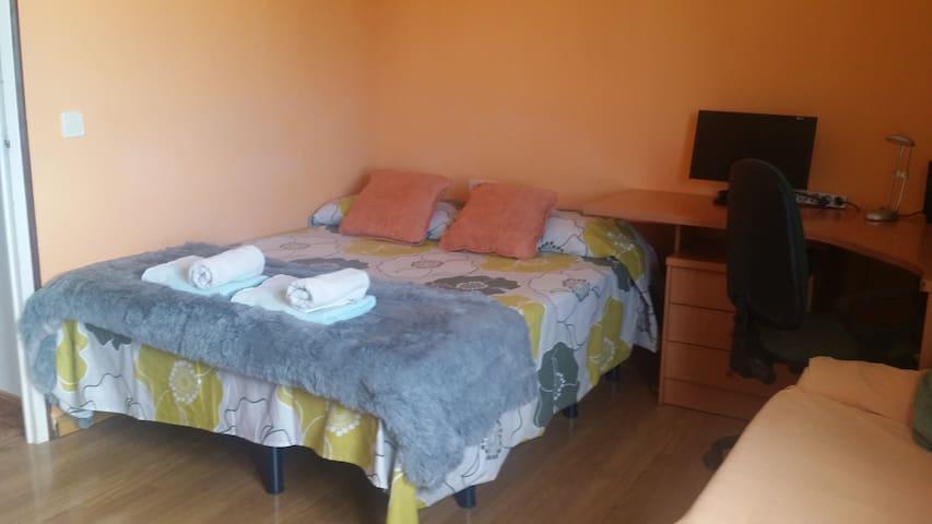 Bonita habitación a 6min Museo Dali - Figueres - Hus