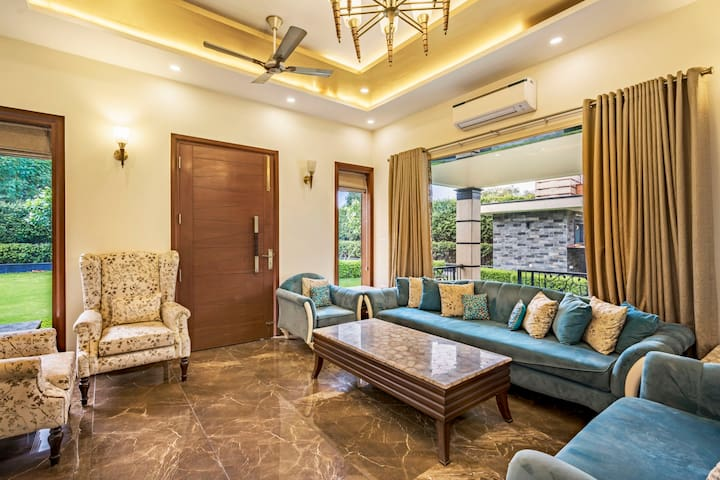 Opulent 2-bedroom farmhouse for 6/71264