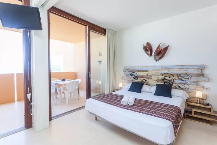 Delano Sea View Apartment III