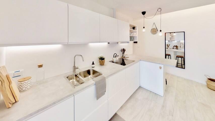 ♡ TriesteVillas Centrale w/ Terrazzo su Viale & AC