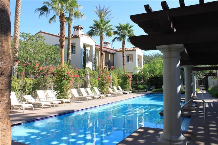 Best Location 2BD/2BA Villa right by Clubhouse with Garage - Lower C33 - La Quinta - Appartement