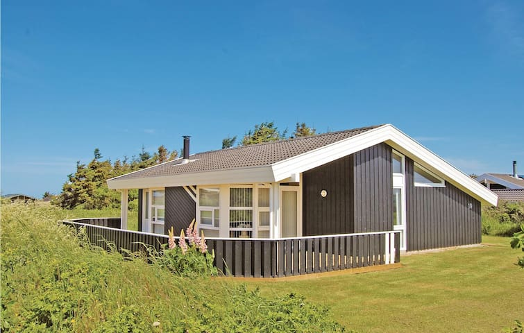 Holiday cottage with 3 bedrooms on 86m² in Hjørring