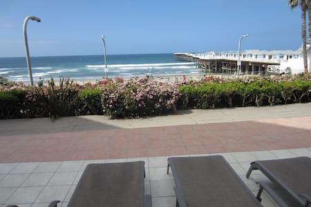 Ocean View 2 Bdrm Beach Condo in San Diego (PB)