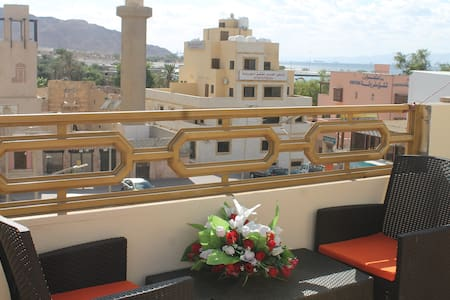 Relax House-2, Aqaba castle view, sea view,Terrac.