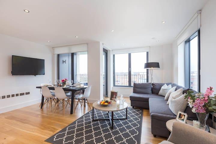 Modern Apartment in New Building - Portobello Road