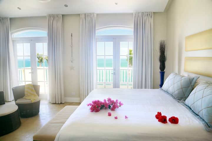 5091 3 Bedroom, Ocean Front Las  Casitas