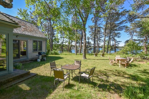 #624: Waterfront, Deeded Beach Access, Private, Views of Natural Landscape!