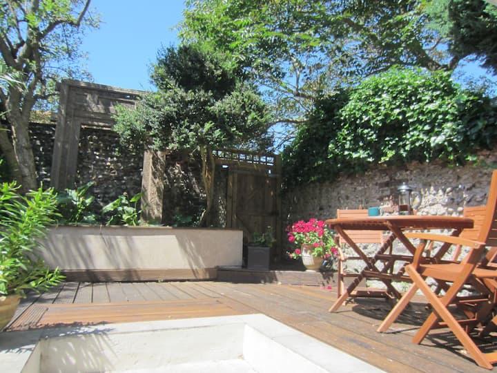 Luxurious Garden Flat in the Heart of Brighton
