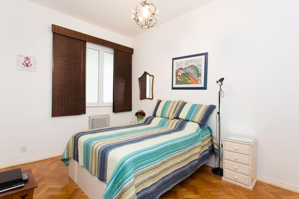 Chambre dans un appartement avec belle vue botafogo for Location appartement avec chambre sans fenetre