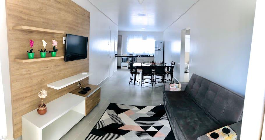 Apartamento novo pertinho das principais praias 03