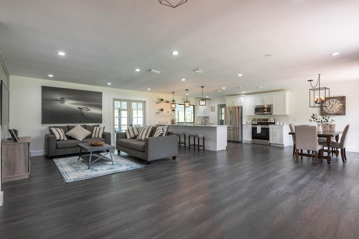 Charming Fully Upgraded Modern Farm Home