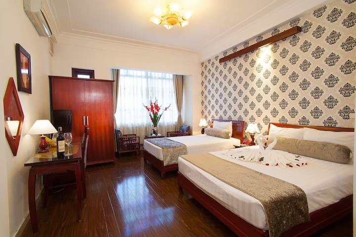Family Room Of Luxury Hotel