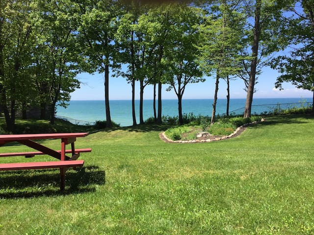 Escape to the Lake on WNY Wine Trail