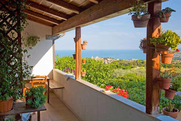 Panorama unico per appartamento I Sassi Neri - Sirolo - Apartment