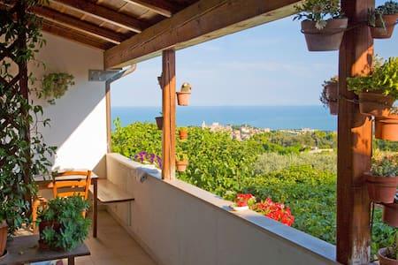 Panorama unico per appartamento I Sassi Neri - Sirolo - อพาร์ทเมนท์