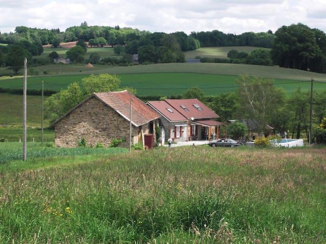 fermette en corrèze - Meilhards - Hus