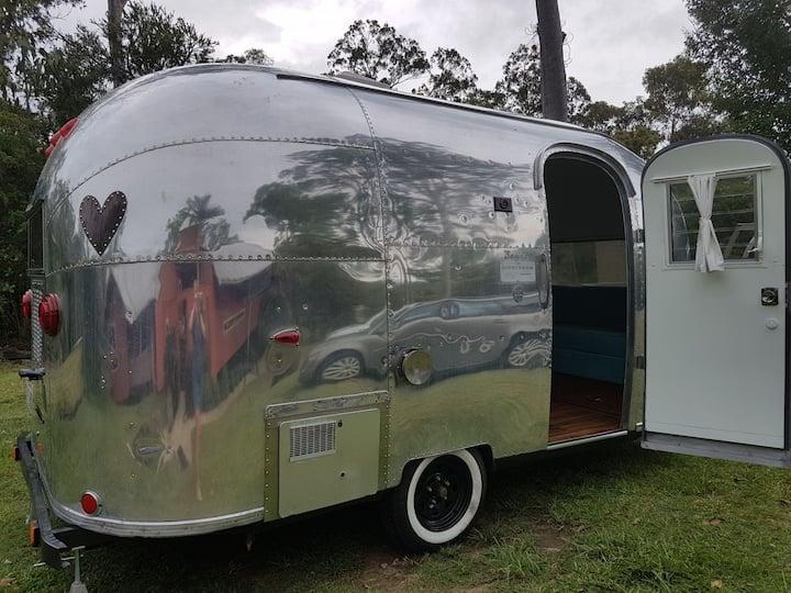 Airstream glamping 1963 bambi Holidayroad Brisbane