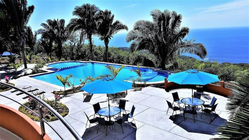 Ocean View 1-Bedroom Condo at Vista Encantada 103