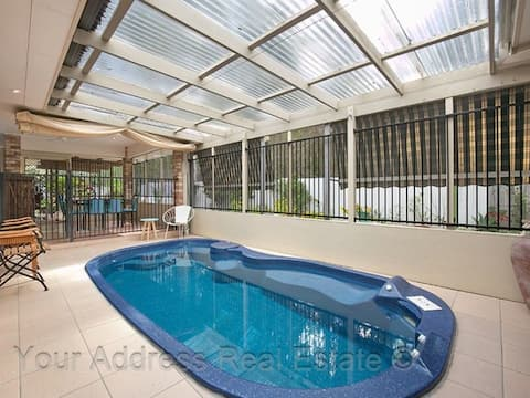 Entire House: 3 bed rooms & in-house private pool
