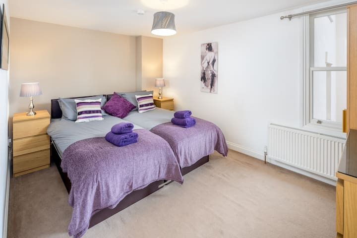 Queen's Apartments - Watford - Apartamento