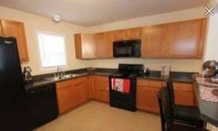 Private 1 bedroom, 1 bath in townhome